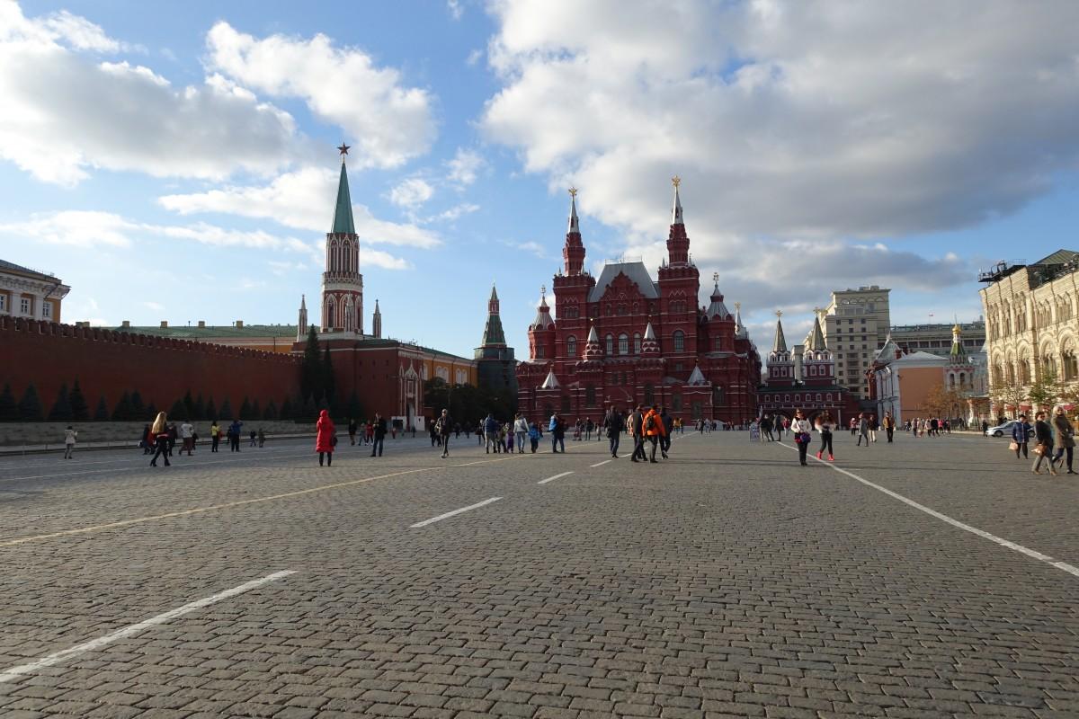 Touristenmagnet: der rote Platz beim Kreml